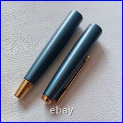 Parker 45 CORONET BLUE-GRAY fountain Pen Nib14k gold Rare to find Excellent