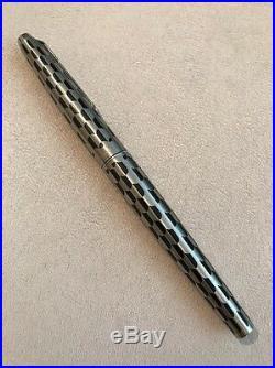 Rare Vintage Parker 45 Harlequin Black Shield Medium Nib Fountain Pen-superb